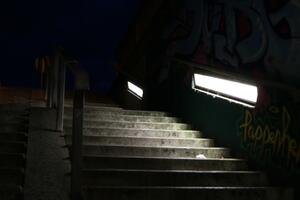stairs-2624247_1920